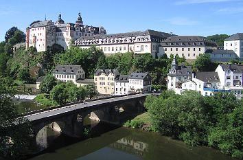Schlossanlage Weilburg und Steinerne Brücke