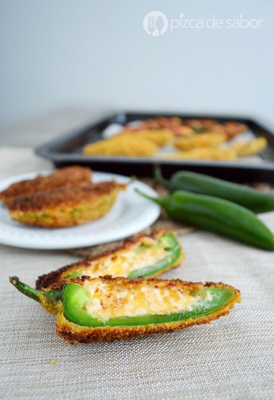 Deliciosos jalapeño poppers o jalapeños rellenos de queso y empanizados. Te comparto una ppción frita y otra horneada. Te va a encantar esta receta sencilla