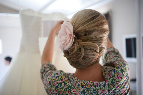 updo with a pretty detail