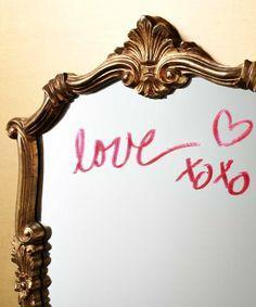 Meilę galima išreikšti skirtingais būdais... taip pat su Intensyviai drėkinamaisiais lūpų dažais #truedimensions