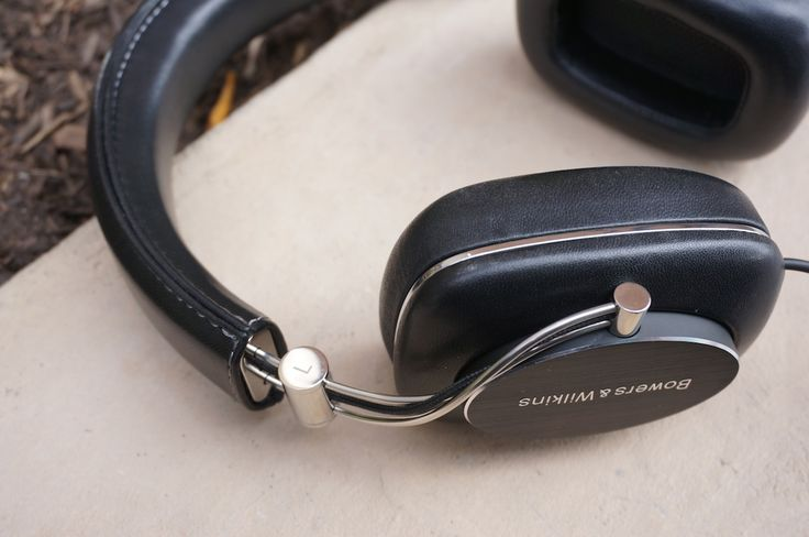 Bowers and Wilkins P7 Mobile Hi Fi Headphones Review: Sound Wrapped in Luxury
