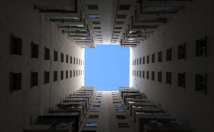 Ángulo nadir. Es como el contrapicado, pero la imagen se toma desde un punto completamente perpendicular.