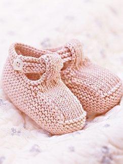 Debbie Bliss... Sandals.