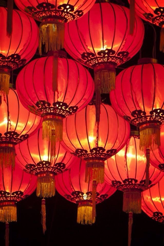 Chinese Lanterns that are hung at Chinese New Year are ...