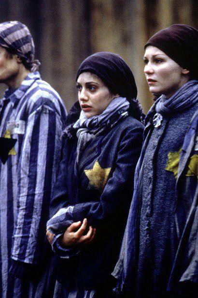 La aritmética del diablo (1999) y es una producción para la tv que trata del holocausto judío en Polonia desde una optica bastante original. Para ser sincero me dec...