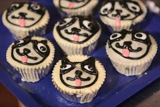 Boston terrier cupcakes!