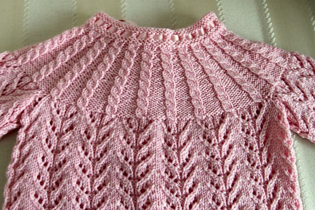 Ravelry: Project Gallery for Design No. 14 pattern by Dale of Norway / Dale Design