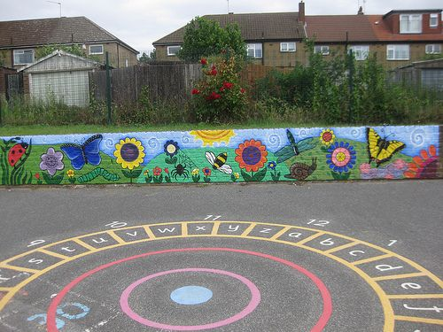 Nightingale Primary School: Minibeast playground mural | Flickr