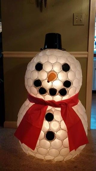 how to make a snowman out of plastic cups