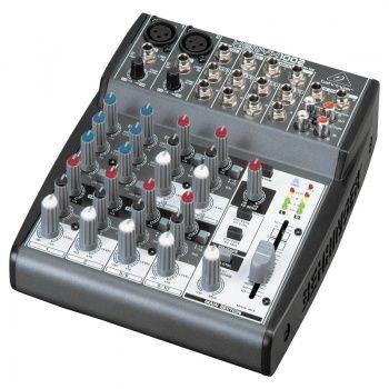 Mezclador y ecualizador de audio    Manual de uso...