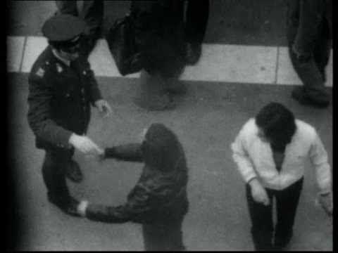 Π. Βούλγαρης - Το Χρονικό της Δικτατορίας 1967-1974 Full movie - YouTube