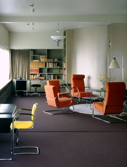 The library in sonneveld house museum photo jannes for Haus modern furniture