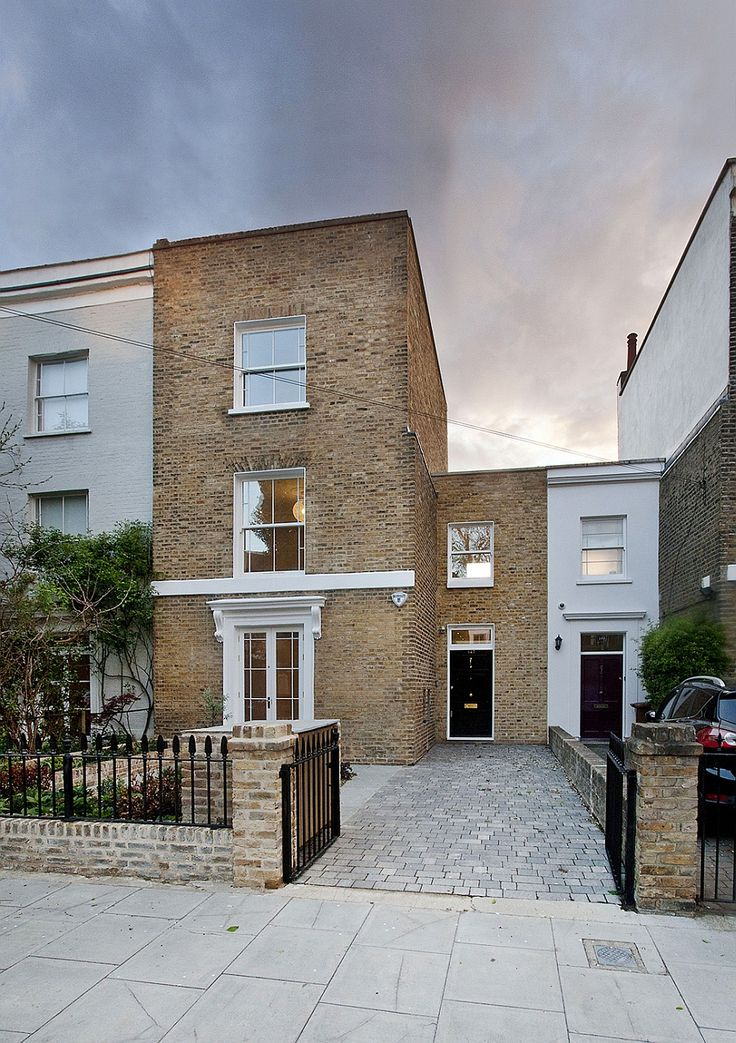 Modern Extension To A Victorian Property In London Comes With A Quirky Twist!