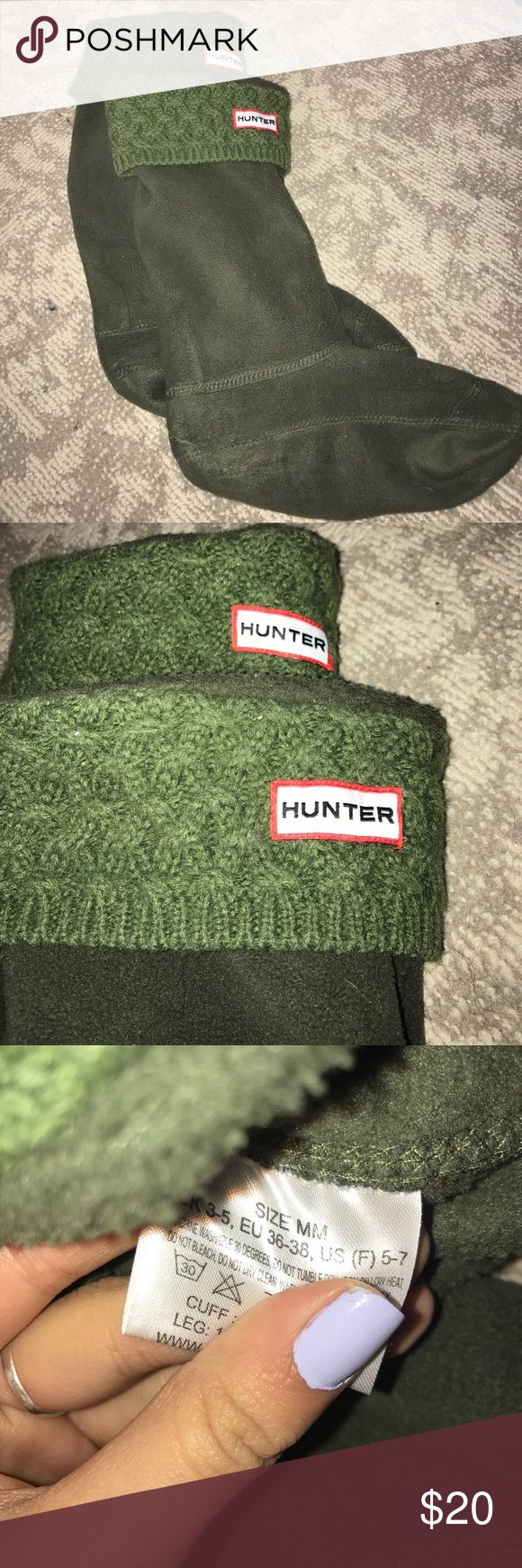Green Hunter socks Perfect to keep your feet warm. For reference I'm a size 6 and these fit Hunter Boots Accessories