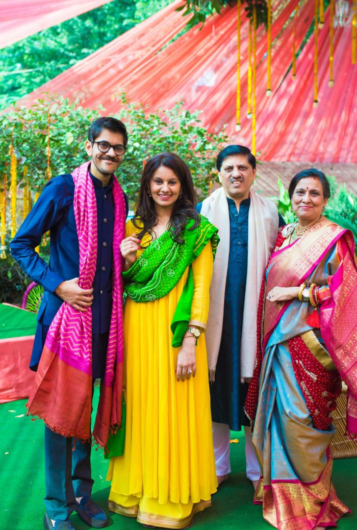 Photographer - The Group Click! Photos, Hindu Culture, Beige Color, Decoration, Wedding, Candid Clicks pictures, images, vendor credits - Avnish Dhoundiyal Photography, Varun Bahl, WeddingPlz