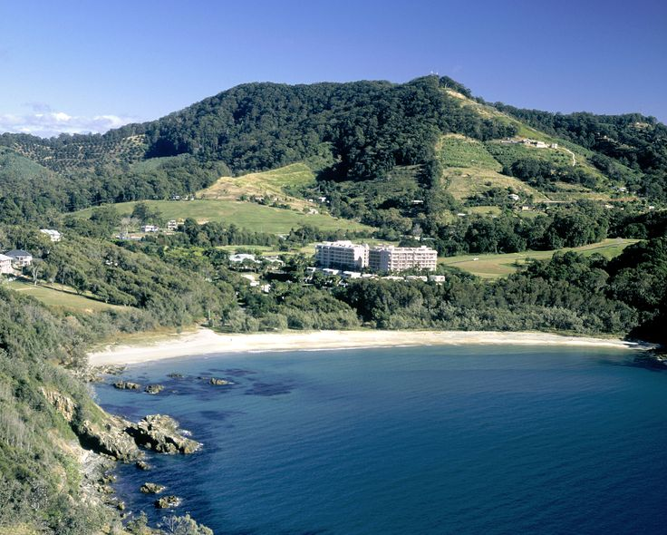 Novotel Pacific Bay Resort in beautiful Coffs Harbour, plenty of flights from Sydney, direct beach access, professional meeting rooms, resort facilities and 4 star accommodation. get more info at www.sydneyhotelconferences.com/Resort-NovotelPacificBayCoffsHarbour.htm