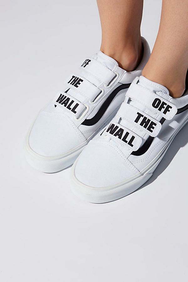 a9da524f2e3 Slide View 1  Old Skool V Sneaker