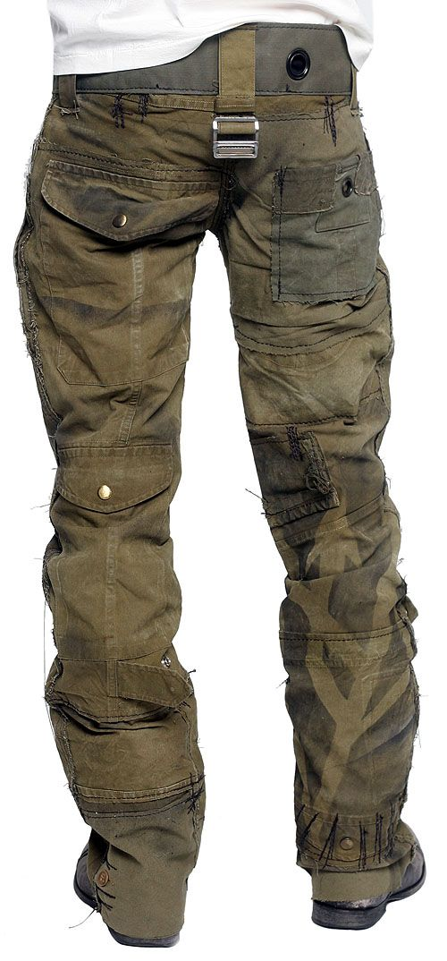 Awesome pants!! We love these army green CALL OF DUTY pants from JUNKER DESIGNS. - See more at: http://www.jransomla.com/products.php?3457=289=a246a6bf89a39ff71723344101001470#sthash.6jUhEiQZ.dpuf
