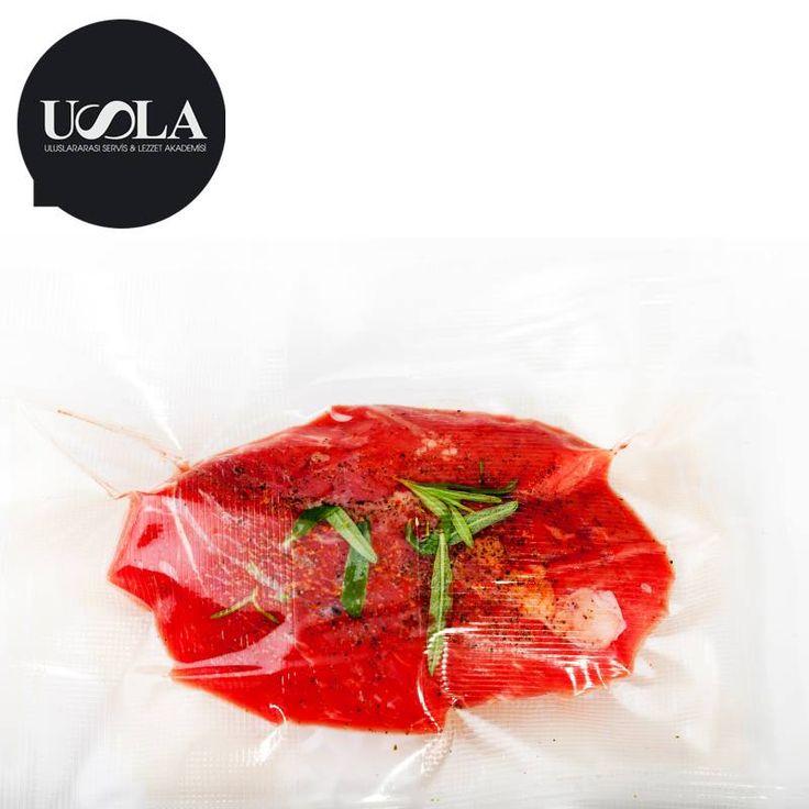 Farklı pişirme tekniklerini öğrenmeye hazır mısınız? 26 Şubat Perşembe günü 19.00-23.00 saatleri arasında Sous Vide Tekniği ile şaşırtan lezzetler hazırlıyoruz! #USLA'da buluşalım... http://www.usla.com.tr/portfolio-item/19-02-tapas-workshopu/