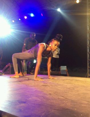 Nigerian Girl Thrills Audience With Her Amazing Flexibility At 1lagosfiesta (photos) http://ift.tt/2BPuWea