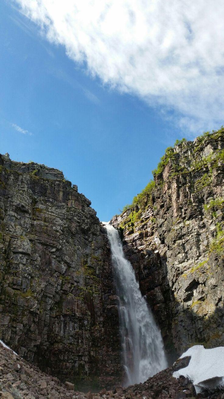 Njupeskär - Schwedens höchster Wasserfall mit 95 m Fallhöhe #sverige #schweden #natur #dalarna #njupeskär #fulufjället #nationalpark