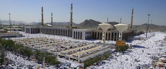 L'Arabie saoudite, premier exportateur mondial de pétrole et acteur-clé au Moyen-Orient, a vu naître l'islam en 622 et abrite les deux principaux lieux saints musulmans, La Mecque et Médine.  /  Seul pays arabe membre du G20,