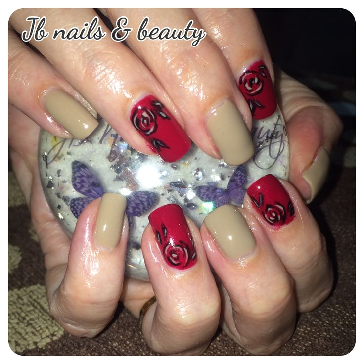 Nude & red gel polish on natural nails