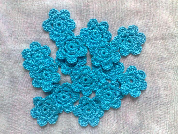 Ich freue mich, den jüngsten Neuzugang in meinem #etsy-Shop vorzustellen: 15 handgemachte gehäkelte Blumen Aufnäher in türkis, Häkelblumen und Blumen Applikationen http://etsy.me/2iYyaHW #materialwerkzeug #blau #brautparty #weihnachten #nahen #nein #blaueapplikationen