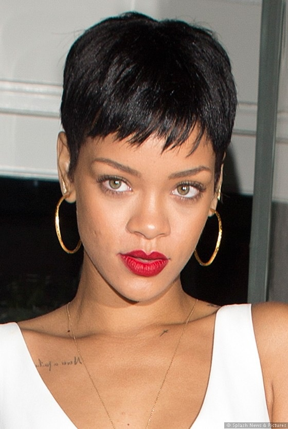 Marvelous 1000 Ideas About Rihanna Short Haircut On Pinterest Black Bob Short Hairstyles For Black Women Fulllsitofus