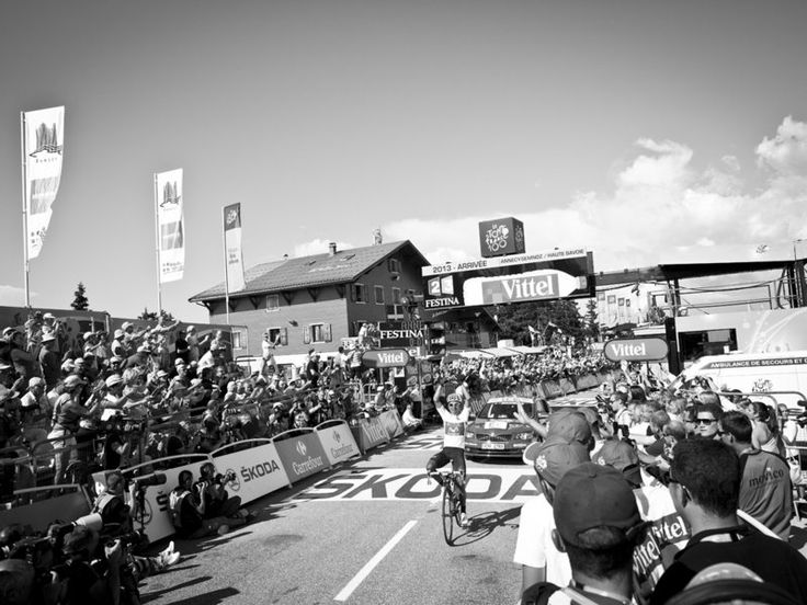 SCOTT MITCHELL - TOUR STAGE 20 GALLERY Nairo Quintana celebrates his solo victory