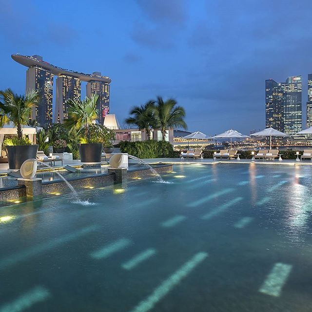 **Go to @luxwtconcierge to learn more about our 4th night free promotion at the Mandarin Oriental Hotel in Singapore**