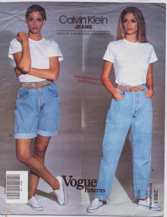 Billy! loves the 1990s and Calvin Klein jeans. Showing the loose/fitted jeans everyone still loves with a simple white shirt under it, giving the coolest look we still melt for.