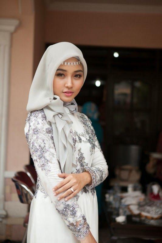 Wedding party / special occasion hijab #MuslimWedding, www.PerfectMuslimWedding.com