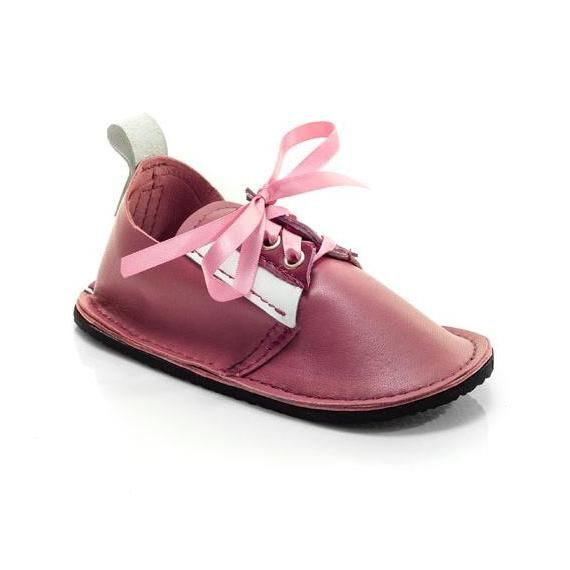 #ladybird2turtle #pinadayoct #leather $48.00 Girls handmade leather lace up shoes by PiciPapucs on Handmade Australia