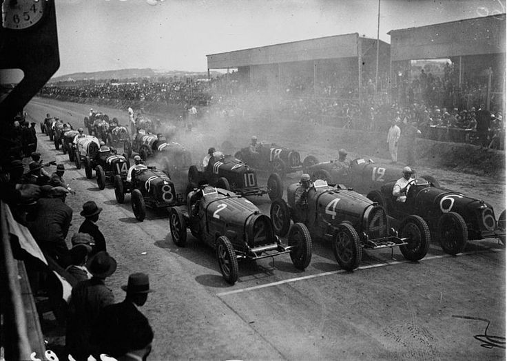 "Start of the 1932 Tunis Grand Prix, Carthage. The Tunis Grand Prix was originally held on ""Le Bardo street circuit "" (1928-29), west of Tunis. After two Grand Prix, a much larger triangular highway circuit was used ""Carthage Street Circuit"" (1931-37), laid out between the then separate cities of Tunis and Carthage. After 1937, the Tunis Grand Prix was not held until 1955, in Parc du Belvedere as ""Circuito du Belvedere"", which was also used during historic revival events between 2000 and…"