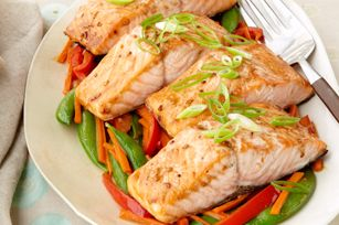 Sesame Salmon with Stir-Fried Vegetable Medley Recipe - Healthy Living Kraft Recipes