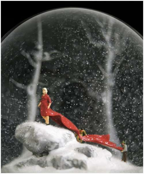 Wonderful-snow-globes-19