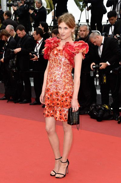 Clemence Poesy Photos - Actress Clemence Poesy attends the closing ceremony of the 69th annual Cannes Film Festival at the Palais des Festivals on May 22, 2016 in Cannes, France. - Closing Ceremony - Red Carpet Arrivals - The 69th Annual Cannes Film Festival