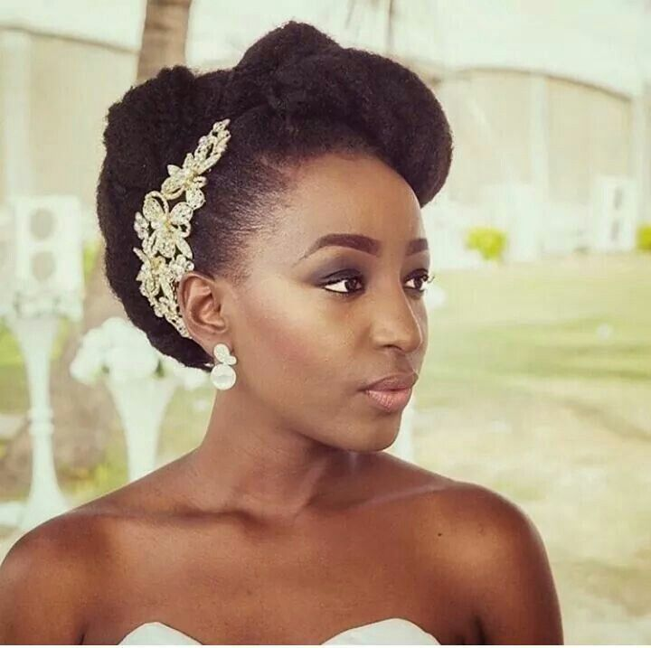 Gorgeous Bride Natural Hair Updo Natural Wedding Hairstyles Afro Wedding Hairstyles Natural Hair Wedding