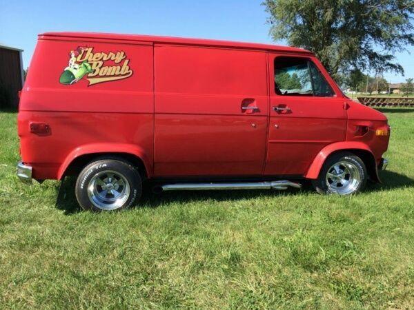 1972 Chevrolet G20 Van Cargo Van