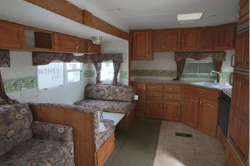 Check out this 2003 Keystone Sprinter 275FKS listing in Akron, OH 44312 on RVtrader.com. It is a Travel Trailer and is for sale at $6995.