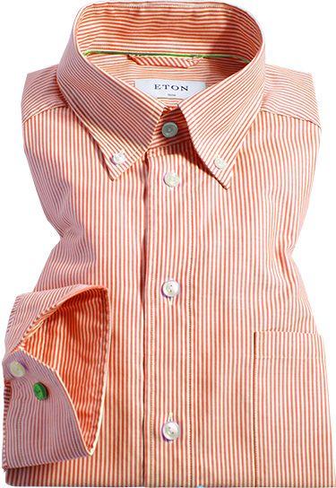 Klassische Längsstreifen ergänzen sich hier mit Button-Down-Kragen, Brusttasche und einem schlanken Schnitt zu dem perfekten Freizeithemd. Lässig, charmant und zeitlos.