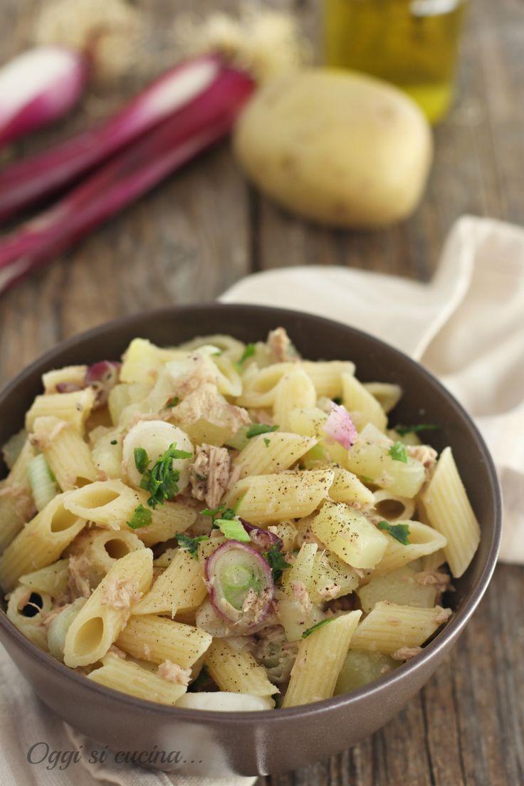 Pasta con patate tonno e cipollotti
