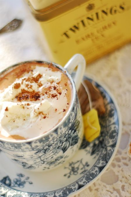 Earl Grey infused hot cocoa...the perfect warming treat for a cold rainy day.