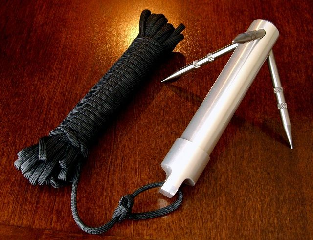 Pocket size grappling hook and rope. Does anyone know where I can buy one of these?