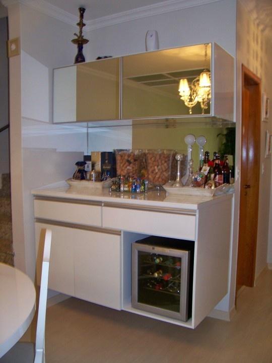 Adega climatizada adegas pinterest for Convert kitchen desk to pantry