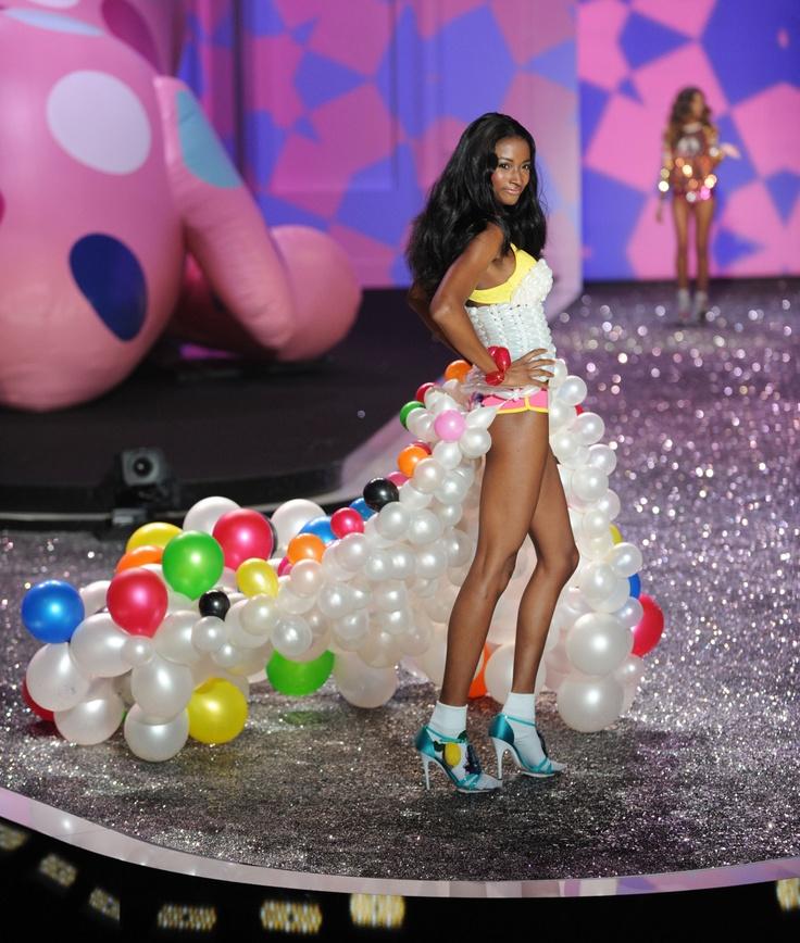 A balloon dress...wow