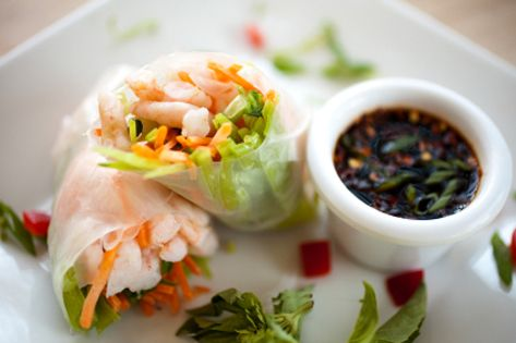 Thai mango rice wraps - a satisfying lunch or dinner!