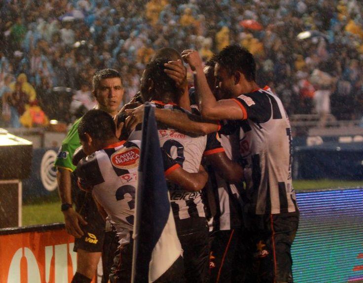 Jornada 10 Monterrey vs Pachuca 14 de Septiembre Foto: Edgar Montelongo