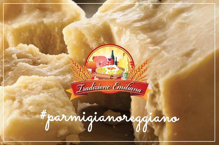 Il Parmigiano Reggiano è un formaggio a pasta dura e a lunga stagionatura. Contiene solo il 30% di acqua e ben il 70% di sostanze nutritive: per questo motivo è un formaggio ricchissimo di proteine, vitamine e minerali. Buonissimo, altamente digeribile, assolutamente naturale: il Parmigiano Reggiano non perde occasione per eccellere. Presto sarà facile acquistarlo sul nostro Store Online! #tradizioneemiliana